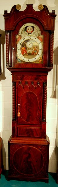 Grandfather clocks are one of my unshakeable design craves.  This King David (moon phase) grandfather clock, circa 1815, reminds me of sitting at the feet of my Great Grandfather, waiting for his own to chime.  Gorgeous piece.  Thanks to Karen Chuba for helping me discover it and reconnect with a memory I love.  -- Eve.