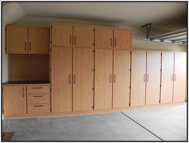 The 25 best garage cabinets ideas on pinterest garage cabinets diy garage cabinets or possibly for craft room would be kinda with kitchen cabinets in garage plan solutioingenieria
