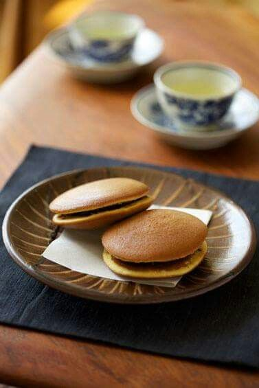 E  A E   E  Bc E  D Red Bean Pancake Dorayaki Japan Doraemons Favorite Food D