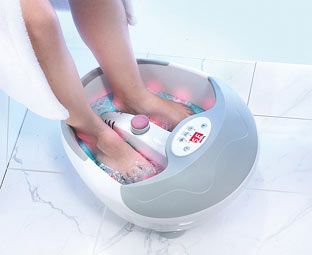 Expert Verdict Beurer Self-Heating Foot Spa Relieve tired or aching feet and improve your circulation with this professional German-designed foot spa. It will automatically heat the water to give your feet a soothing soak while you enjoy all th http://www.MightGet.com/january-2017-11/expert-verdict-beurer-self-heating-foot-spa.asp
