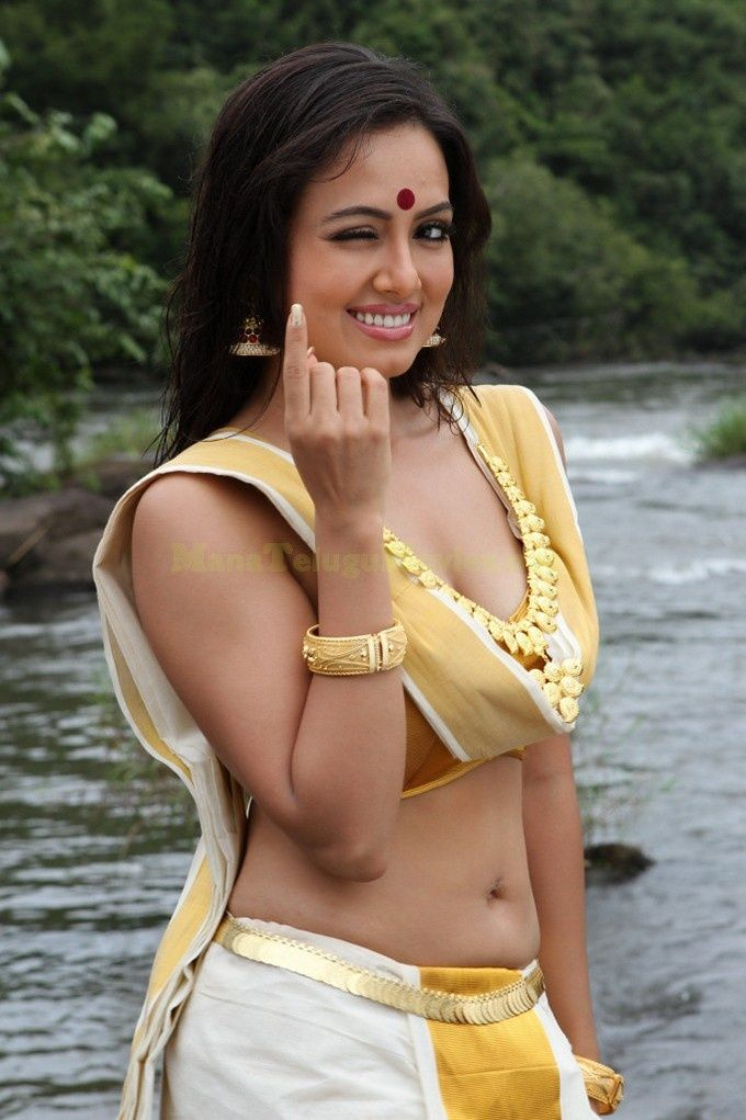 Sana Khan Latest Photos | Movie Hub