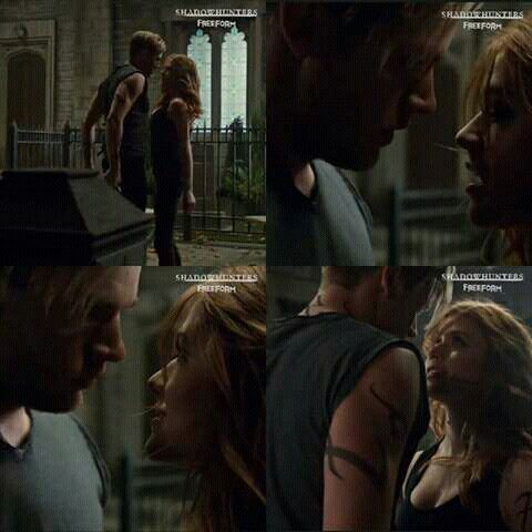 Clary and Jace in the sneak peek of episode 2x12 #Clace #Shadowhunters