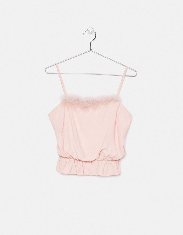 Pink top with feather trim - Bershka #pink #top #feather #trim #bershka