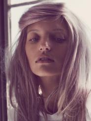 Is she even wearing any? Love!: Fashion Interesting, Amo New Hair, Pastel Cerveza Tennis, Wildfox Yeeeeeeee, Kimberley Gordon, Amanda Booths, Fashion Inspiration, Pastel Hair, Daydream T S