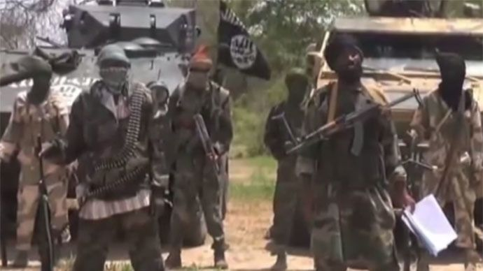 Boko Haram extremists have reportedly kidnapped more than 400 women and children from the Nigerian town of Damasak.