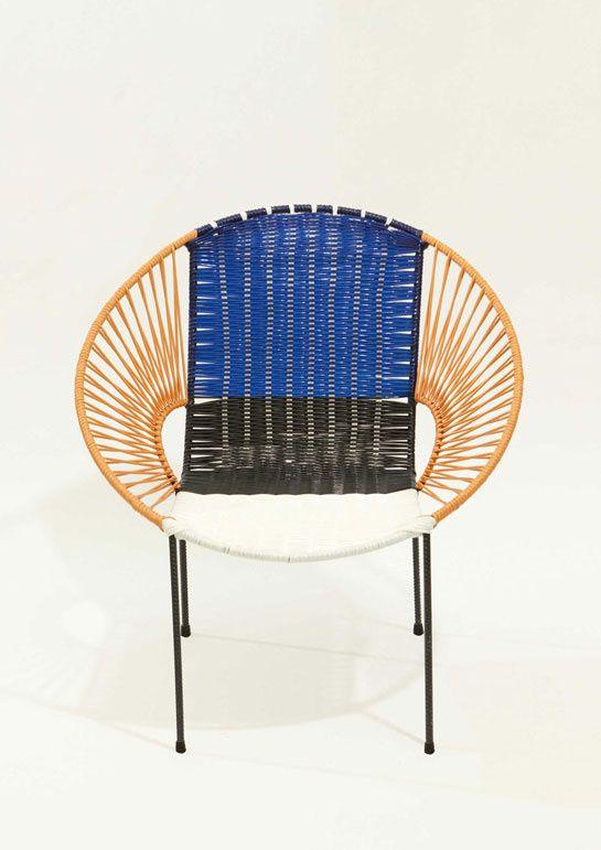 100 chaises graphiques signées Marni http://www.vogue.fr/mode/news-mode/diaporama/100-chaises-graphiques-signees-marni-salon-del-mobile-milan/12344