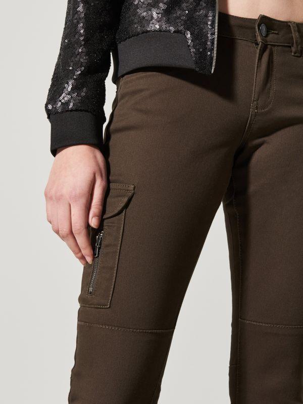 Sale up to 70% off Spodnie cargo w militarnym stylu, HOUSE, QD905-87X