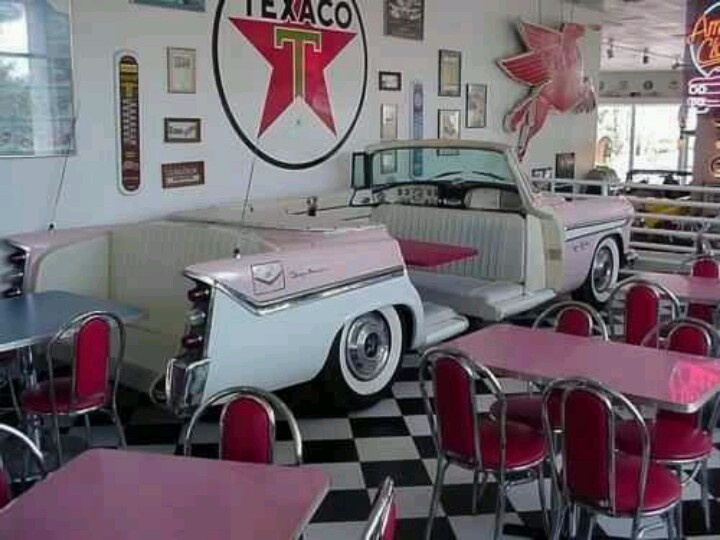 Cool 50's themed restaurant www.tablescapesbydesign.com https://www.facebook.com/pages/Tablescapes-By-Design/129811416695