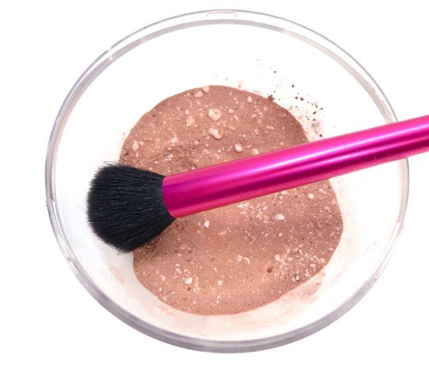 shampoo secco: fecola di patate e cacao