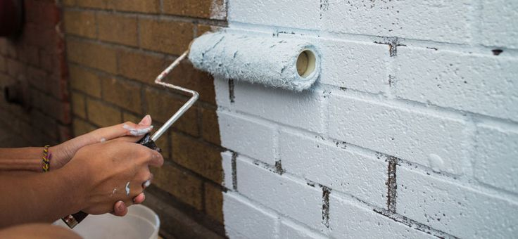 How to prepare tiles, textures, bricks and problem surfaces before painting