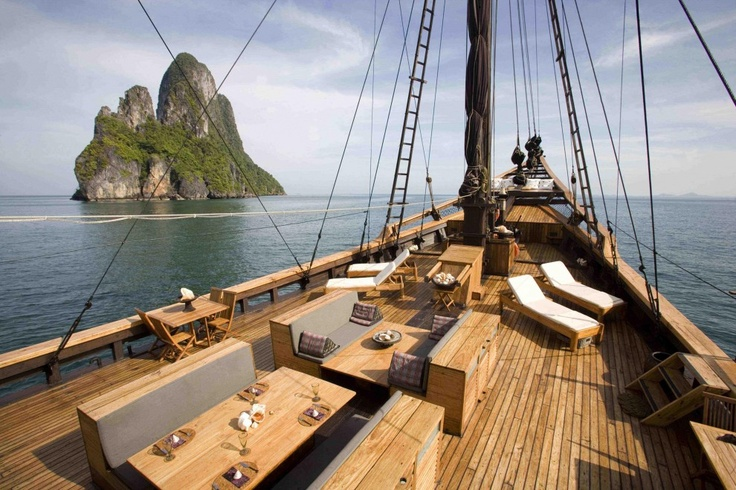 MSV Silolona   Phinisi luxury cruising in the South Pacific