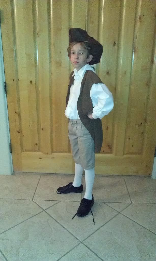 Straddling the gap diy easy colonial costume i could do for Easy halloween costume ideas for boys