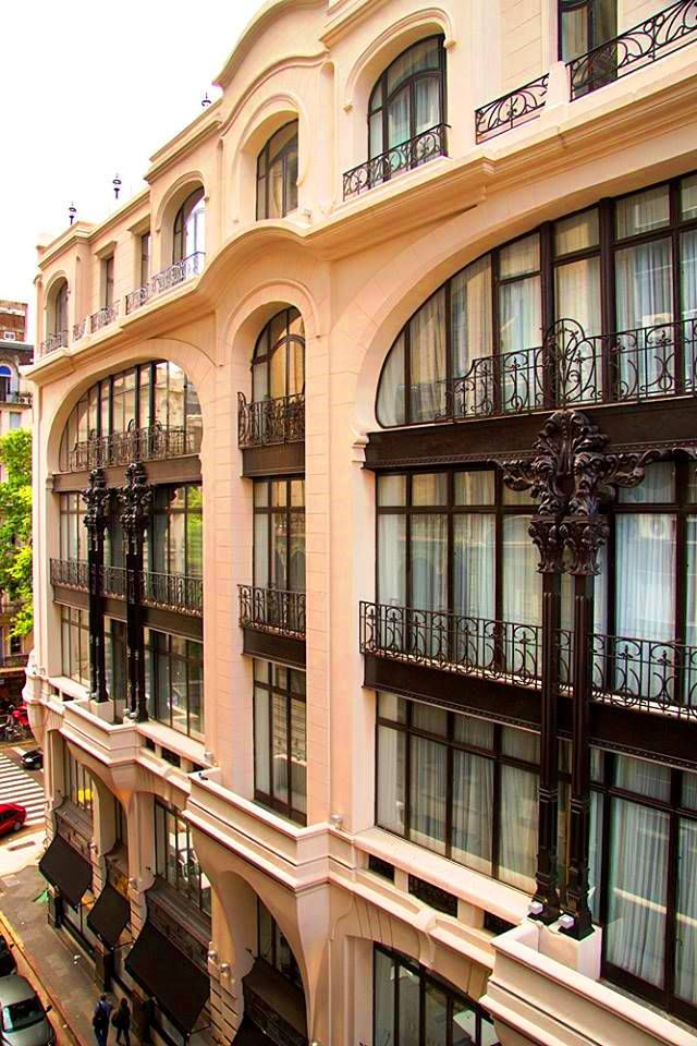 Hotel Tango de Mayo, Buenos Aires, right next to Palacio Barolo