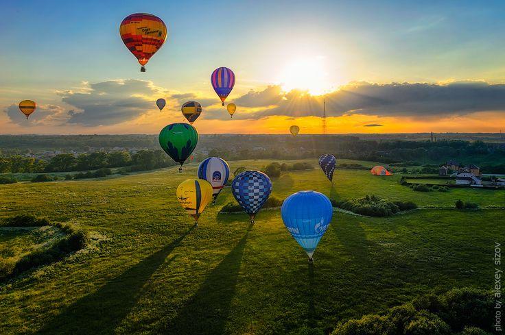 The XVII-th Velikie Luki International Balloon Meet.   Velikie Luki. Russia. 2012