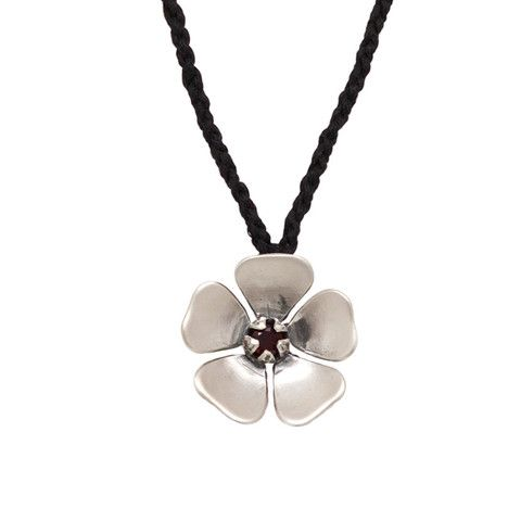 Here is the most prettiest and adorable buy necklace online offer in newzealand for the festival season of Christmas to make you look beautiful and lovable. contact us on 035248597 http://redmanuka.co.nz/