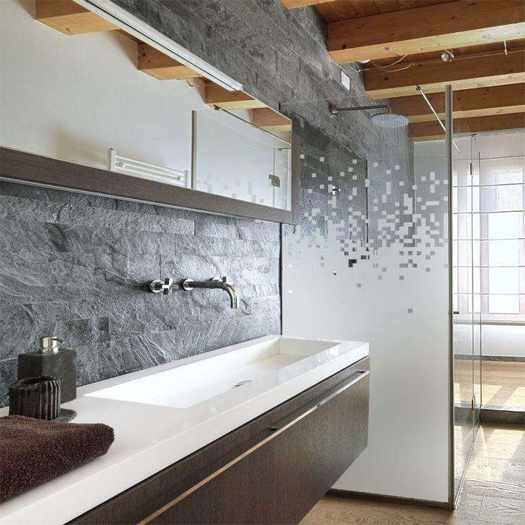 sticker effet verre d poli pour votre paroi de douche motif pixel pour une touche geek dans. Black Bedroom Furniture Sets. Home Design Ideas