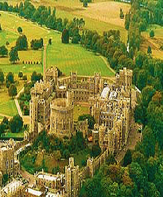 手机壳定制air max white blue pink Windsor Castle is a royal residence of the British royal family in Berkshire England UK