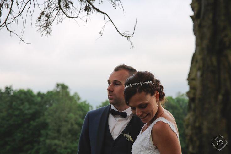 © MAY / JUNE PHOTOGRAPHY - wedding photographer - photographe de mariage - mountain wedding - kinfolk - mariage à la montagne - bohème - champêtre - Boho chic - bride and groom - just married - newly weds - photos de couple - tuxedo costume - men style - smoking bleu marine - bow tie - robe de mariée en dentelle - lace wedding dress - wedding inspiration - pine forest - Vosges - landscape - elopement