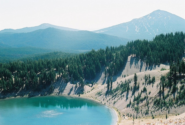 Dreaming of camping and hiking in the summer at Morraine Lake, Oregon