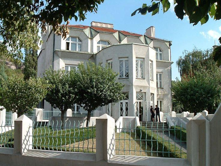 Villa Kovarovicova -. Architetto Josef Chochol - 1912/13 - Praga, via Libušina 3
