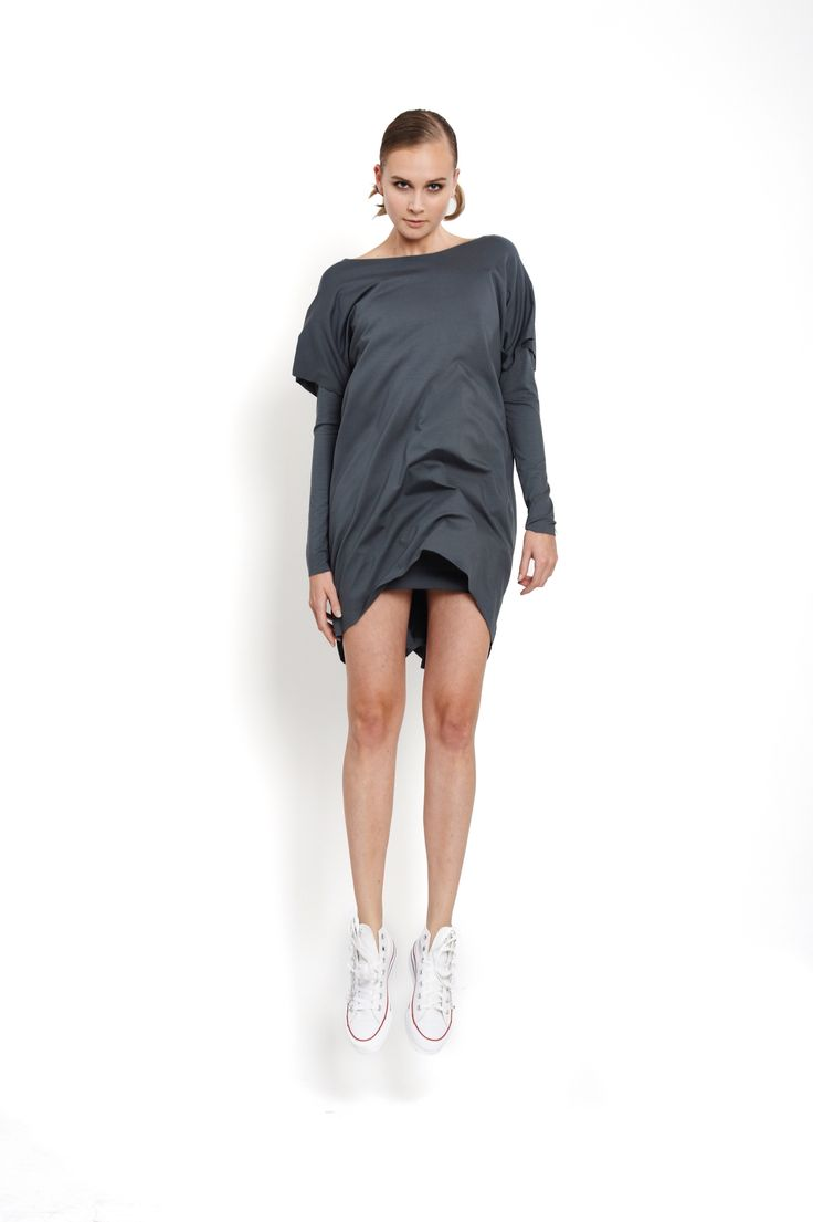 jumping model in jersey double dress winter, design Lucie Kutálková/ LEEDA