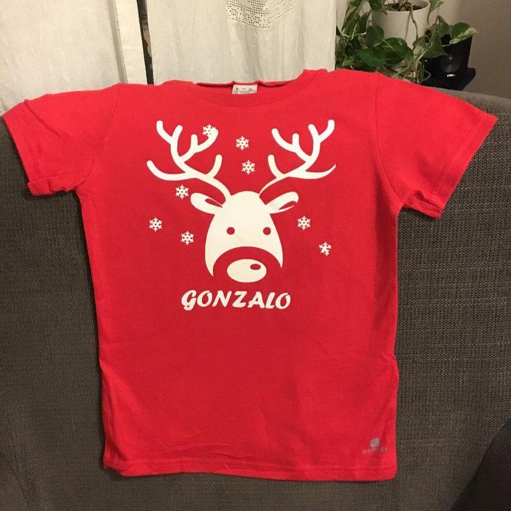 Camiseta con diseño creado con Silhouette Cameo