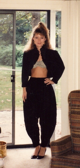 My 80's style....wow.Oh yeah!! I dressed just like this to go out clubbing!! OMGosh!! What fun!! Love it!! I had a white outfit just like this!!