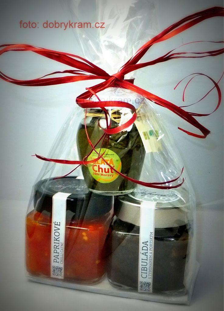 Dárkový balíček s cibuládou, čatný a pestem