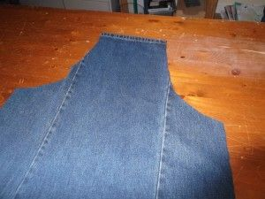 Denim Jeans to Apron Tutorial                                                                                                                                                                                 More