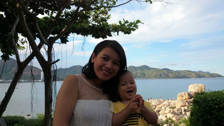 Go to Hon Chong promontory with my little boy ang big big boy.