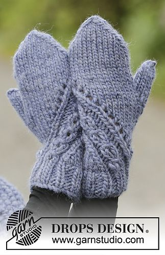 Ravelry: 171-18 A Royal Embrace Mittens pattern by DROPS design