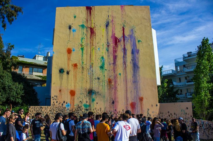#oneluvwall #makelovemotwar #artproject #balloons #color #festival #love #athens #melissia