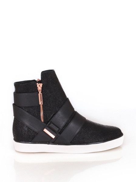 Ginger and Smart - Hybride Sneaker - Black $359