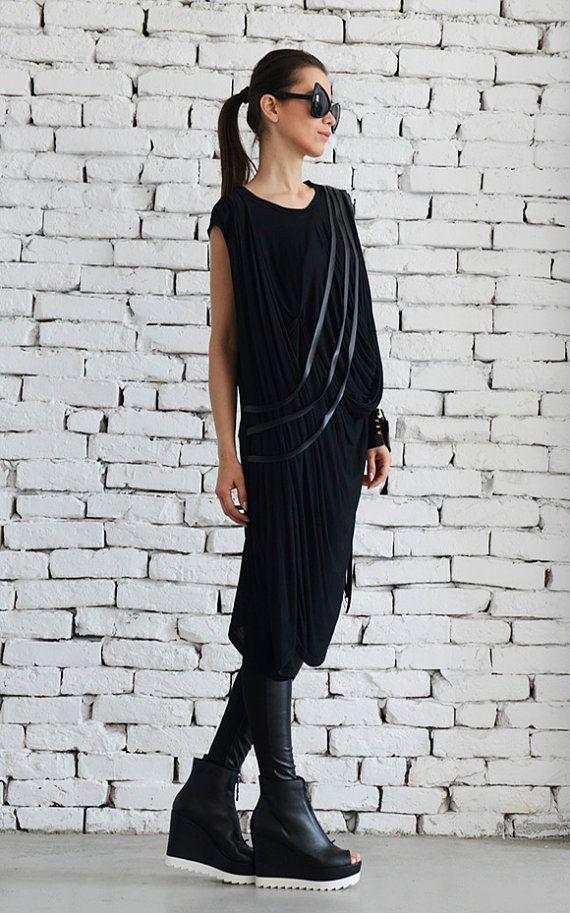 Maxi abito / nero sciolto abito / vestito / lunga di Metamorphoza