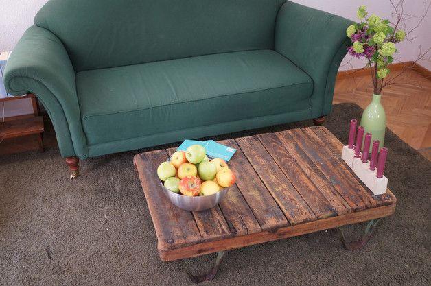 Couchtische - Couch- & Lofttisch im Bauhaus Stil : Vintag... - ein Designerstück von upcycling-shop bei DaWanda