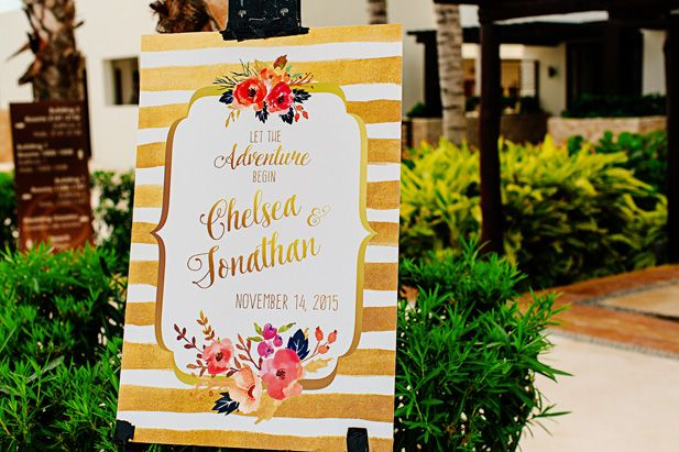 Adore this gold floral wedding sign (Photo by Melissa Mercado Photography)