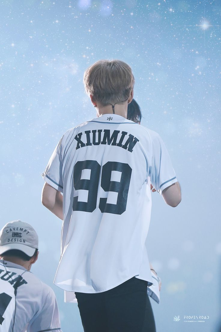 Xiumin --- frozen road | do not edit.