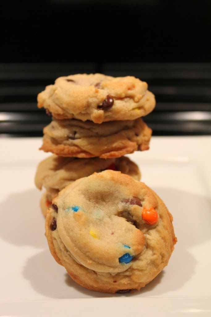 The Kitchen Sink Candy Cookie  M&M's, chocolate Chips, Candy, m m