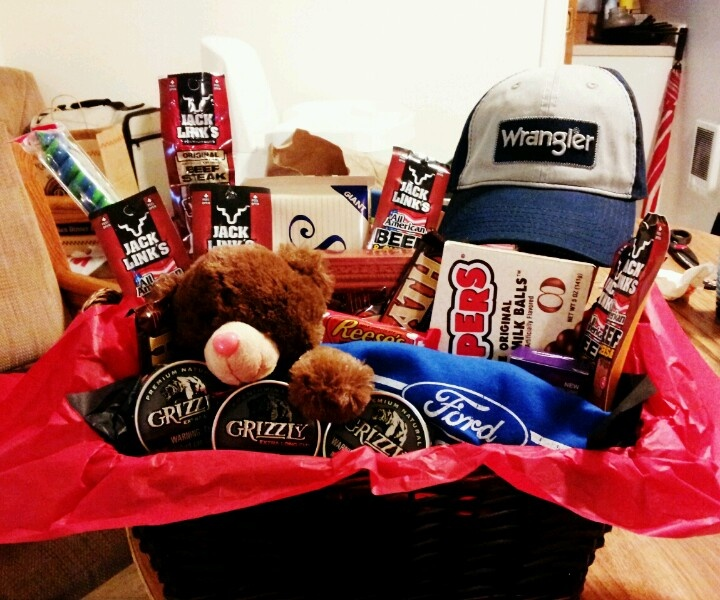 valentines day gift basket for the man in your life - Valentine Day Delivery Ideas For Him