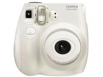 Câmera Instantânea Fujifilm instax 7S Mini - Lente Fujinon Foto 6x9cm
