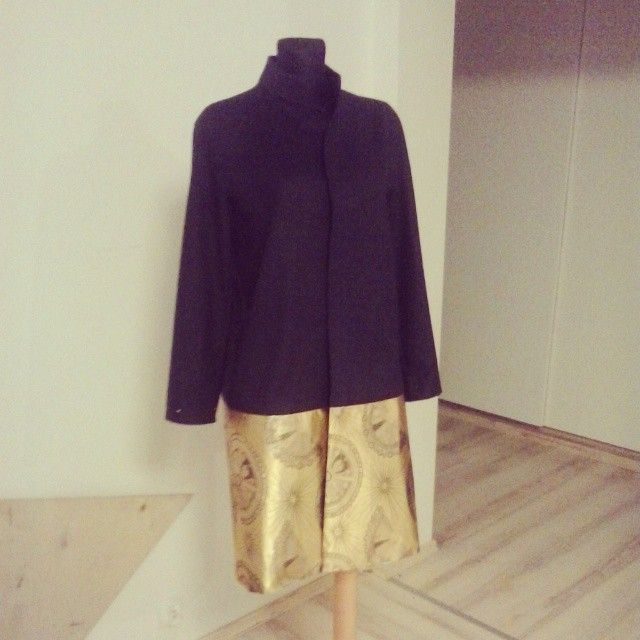 Almost done. New coat for event.  #coat #sew #fashion #queenzoja #gold #brokat #new #party #wool #work #autumn