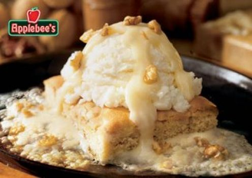 Applebee's Maple Butter Blondie..image via Applebee's