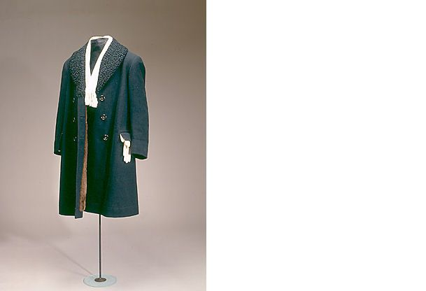 Herrefrakke i sort uld, 1924 men's coat made of wool