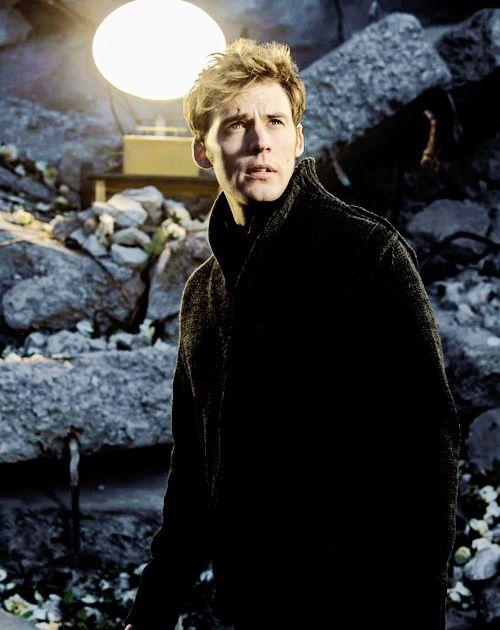 Sam Claflin in The Hunger Games: Mockingjay Part 1