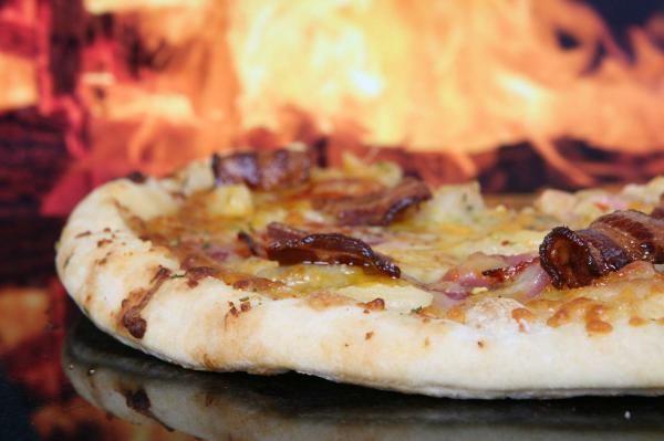 Não ignore esta incrível receita de Massa de pizza de pizzaria! #comida #receitacaseira #receita #pizza #massa #massacaseira