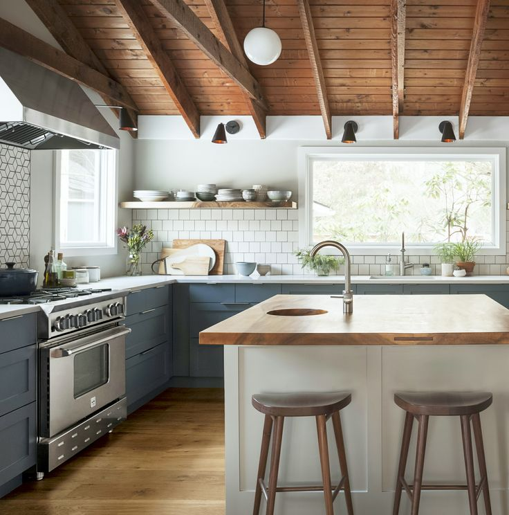 Ikea Kitchen Diy: Semihandmade DIY Shaker Ikea Kitchen Courtesy Of Varney