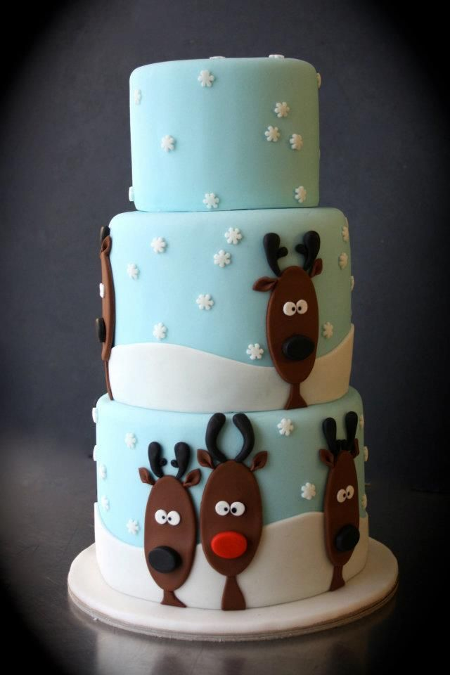 Winter themed reindeer cake. Might make this for Chistmas Eve with the family