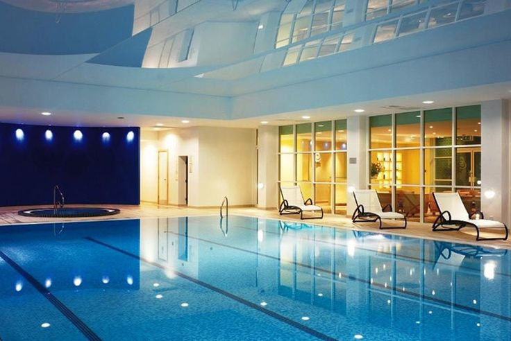 Discount 4* Regency Park Hotel and Spa, Breakfast & 3-Course Dinner for 2 for just £99.00 Enjoy a relaxing overnight break in the Royal County of Berkshire.  Resting up at the stunning 4* Regency Park Hotel.  Including a delicious breakfast in the morning.   Plus a three-course dinner at the hotel's Watermark Restaurant.  Explore the stunning local areas of Newbury and Thatcham with a loved one.  Valid for Friday and Sunday stays until 29th Sep 2017. BUY NOW for just £99.00
