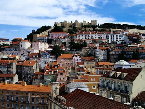 """My next travel destination: Lisboa! Love Portugal..."" - Vesna's Photo @SoyLuzDeLuna | Lockerz"