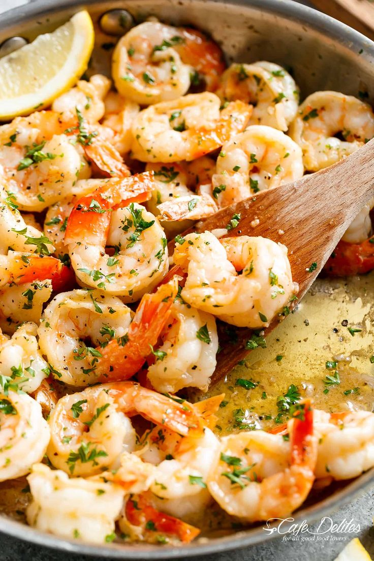 Garlic Butter Shrimp Scampi is so quick and easy! Agarlic buttery scampi sauce with a hint of white wine & lemon in less than 10 minutes! Serve as an appetizer/light meal OR for dinner with pasta! Keep it low carb and serve it over zucchini noodles or with steamed cauliflower!